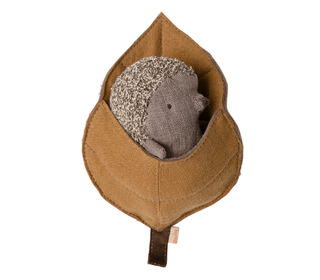 Baby hedgehog in leaf - Maileg