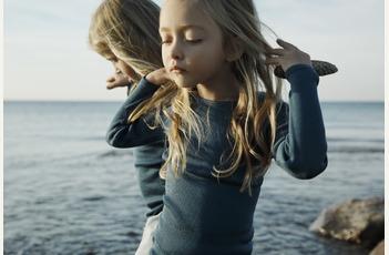 Minimalisma Scandinavische luxe basics voor kinderen en baby's.