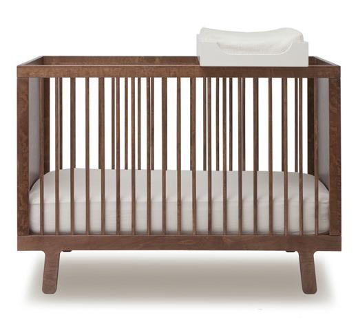 Sparrow Crib Walnut Kindermeubels Kamerinrichting
