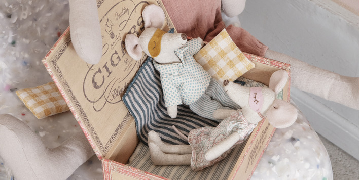 Maileg • Nightgown for mum mouse • Pyamas for dad mouse